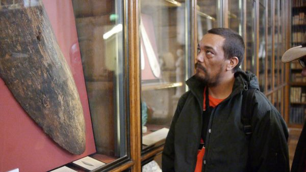 Rodney Kelly viewing the Gweagal shield at the BM, credit to @sovereignmbc