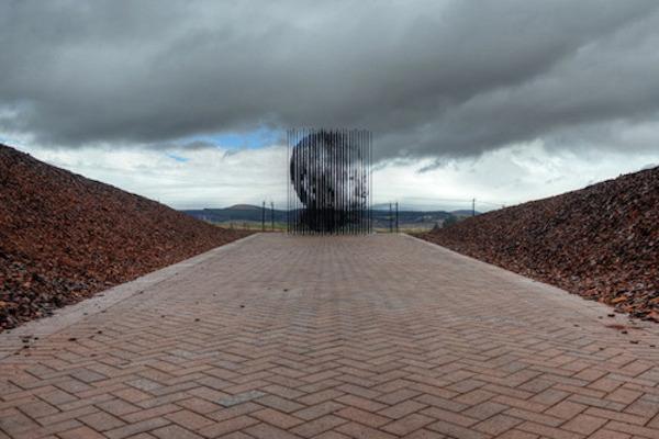 Nelson Mandela Monument Marco Cianfanelli